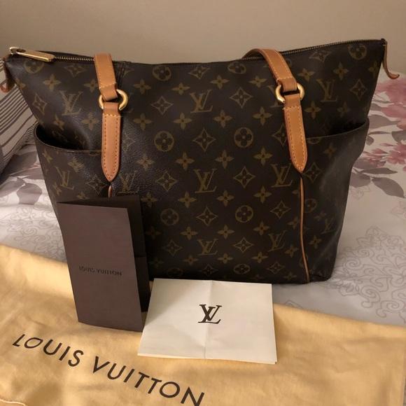 Louis Vuitton Handbags - **SOLD** Louis Vuitton Totally MM